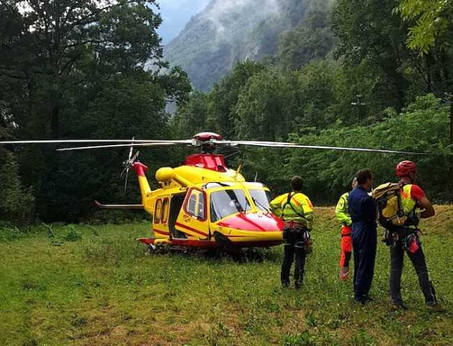 elicottero soccorso alp