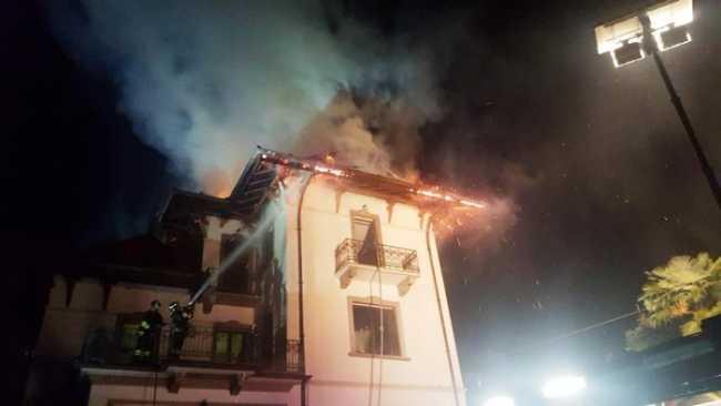 incendio baveno 19 1